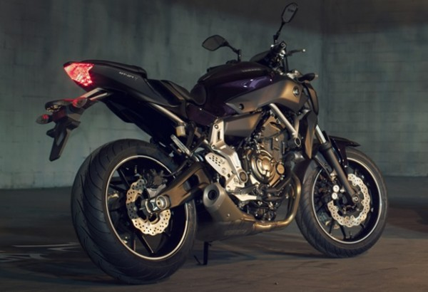 Yamaha-MT-07-2014-Carplace-Moto-11