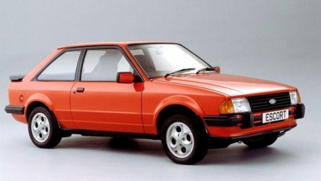 ford_escort_xr3_historia-1