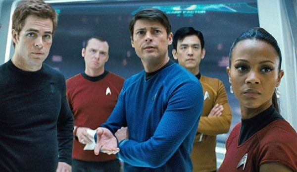 ALM DA ESCURIDO - STAR TREK (2013), de JJ Abrams: lder do Ranking EUA 
