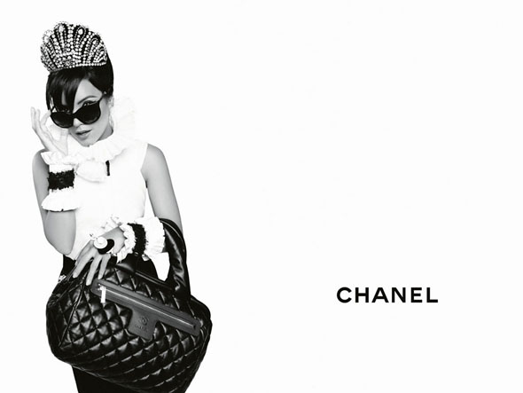 chanel-coco-cocoon-lily-allen-advertising-campaign-by-karl-lagerfeld-01