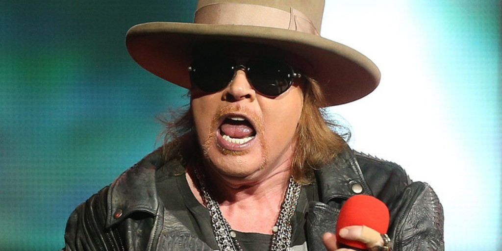 Axl Rose está cotadíssimo para assumir posto de vocalista do AC/DC por 10 shows